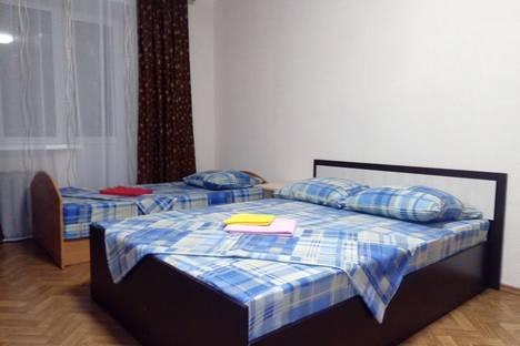 Сдается 1-комнатная квартира посуточно в Рыбинске, Ярославская область,Центральный район, Центральный микрорайон, улица Кирова, 32.