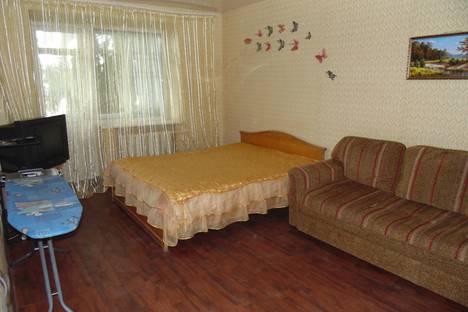 Сдается 1-комнатная квартира посуточно, улица Клары Цеткин, 43.