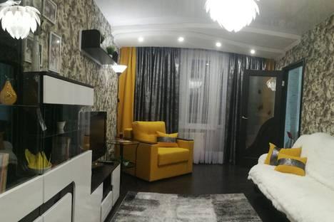 Сдается 2-комнатная квартира посуточно в Донецке, ул Артема 104/1.