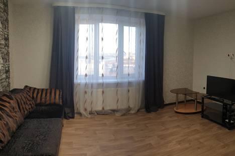 Сдается 2-комнатная квартира посуточно в Чебоксарах, Чувашская Республика,улица Богдана Хмельницкого, 49.