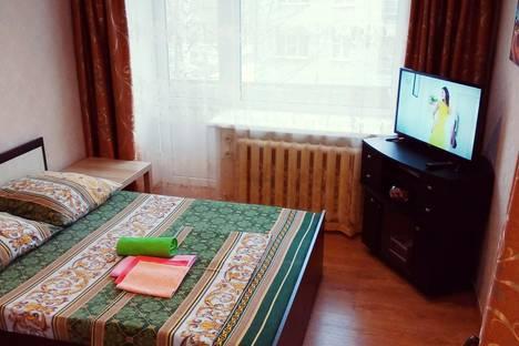Сдается 1-комнатная квартира посуточно в Рыбинске, Ярославская область,Центральный район, Центральный микрорайон, улица Свободы, 1.