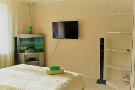 Сдается 2-комнатная квартира посуточно в Оренбурге, улица Текстильщиков, 3.