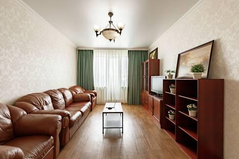 Сдается 2-комнатная квартира посуточно в Кемерове, улица 50 лет Октября, 30.