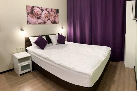 Сдается 1-комнатная квартира посуточно в Московском, Москва, поселение Внуковское, улица Летчика Ульянина, 7кБ.