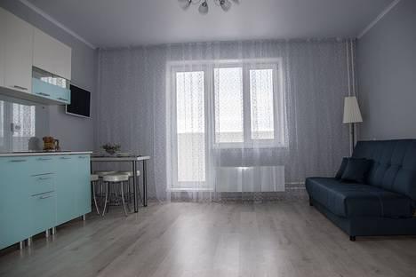 Сдается 2-комнатная квартира посуточно в Златоусте, квартал Молодежный, 3.