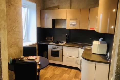 Сдается 1-комнатная квартира посуточно в Надыме, Ямальская улица, 5.