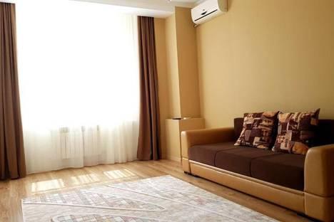 Сдается 2-комнатная квартира посуточно в Актау, 17-й микрорайон, 7.