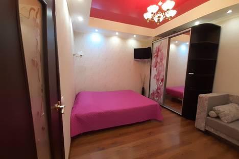 Сдается 1-комнатная квартира посуточно, улица Кривошты, 20Е.