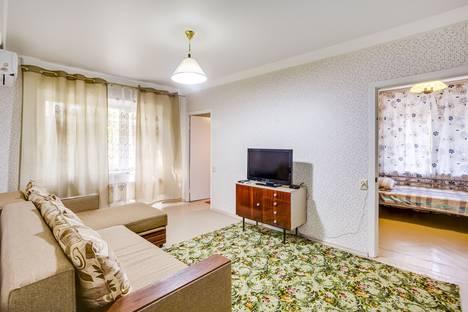 Сдается 3-комнатная квартира посуточно в Ростове-на-Дону, Университетский переулок, 131Б.