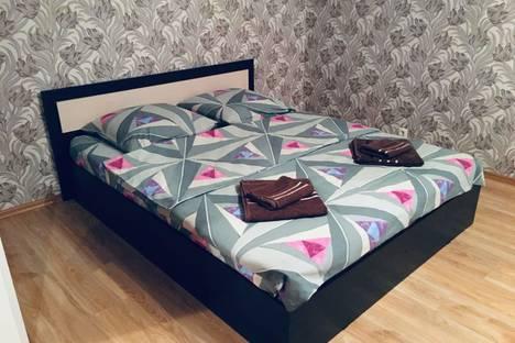 Сдается 2-комнатная квартира посуточно, Орехова-Зуево Парковская 2.