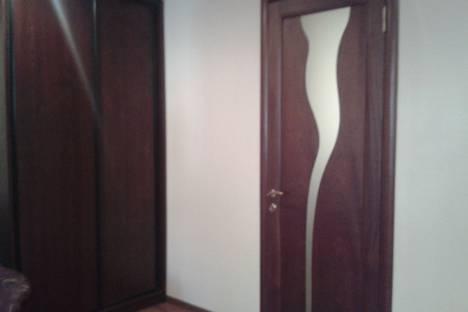 Сдается 2-комнатная квартира посуточно в Донецке, проспект Ильича, 54.