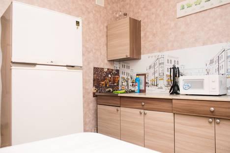 Сдается 3-комнатная квартира посуточно, Трнавская улица, 4, подъезд 2.