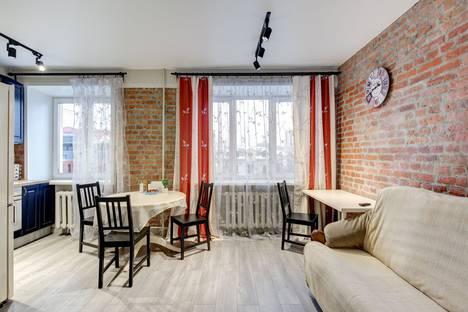 Сдается 1-комнатная квартира посуточно в Екатеринбурге, проспект Ленина, 10.