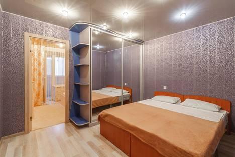 Сдается 2-комнатная квартира посуточно в Череповце, Ленинградская улица, 37.