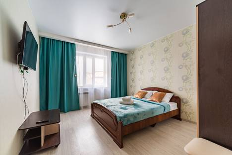 Сдается 2-комнатная квартира посуточно в Энгельсе, Саратовская область,Степная улица, 37.