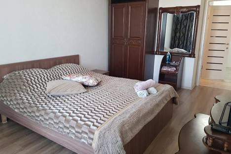 Сдается 2-комнатная квартира посуточно, Нур-Султан (Астана), улица Мухтара Ауэзова, 38/1.