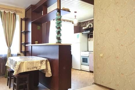 Сдается 2-комнатная квартира посуточно, улица Богдановича, 6.