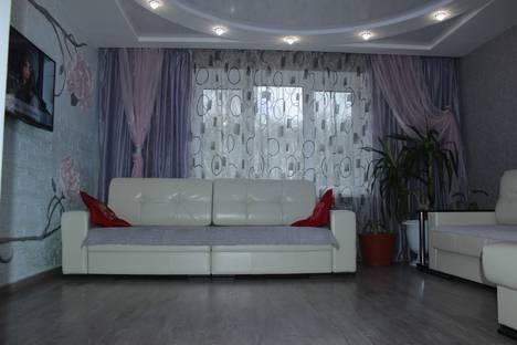 Сдается 2-комнатная квартира посуточно в Орше, микрорайон Льнокомбинат Проспект Текстильщиков 21.