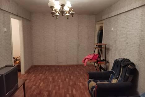 Сдается 3-комнатная квартира посуточно, Дубовская улица, 14А.