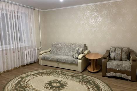 Сдается 2-комнатная квартира посуточно, Тюменская область,10-й микрорайон, 3А.