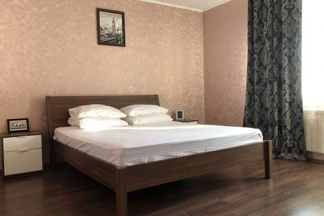 Сдается 2-комнатная квартира посуточно, Свердловская область,Онежская улица, 8А.