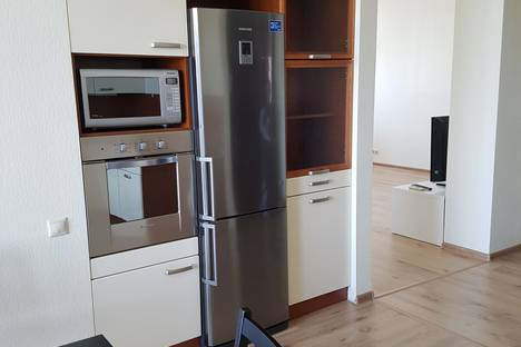 Сдается 4-комнатная квартира посуточно, Рублевское шоссе, 107.