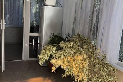 Сдается 2-комнатная квартира посуточно в Севастополе, Терещенко 9.