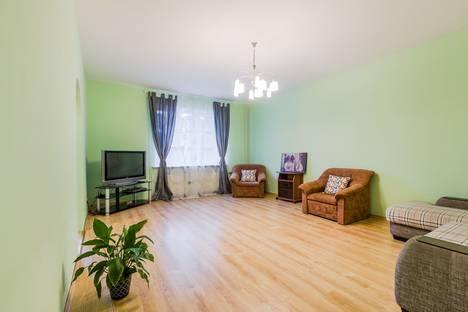 Сдается 1-комнатная квартира посуточно в Пушкине, Санкт-Петербург,улица Красной Звезды, 8.
