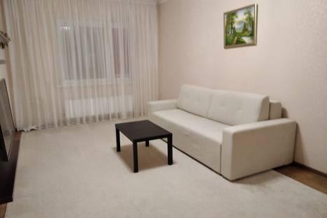 Сдается 1-комнатная квартира посуточно в Сургуте, Ханты-Мансийский автономный округ,Университетская улица, 31.