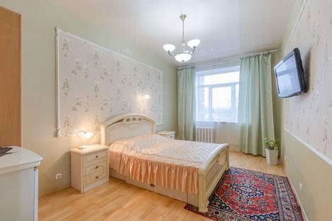 Сдается 1-комнатная квартира посуточно в Пушкине, Санкт-Петербург,улица Глинки, 16/8.