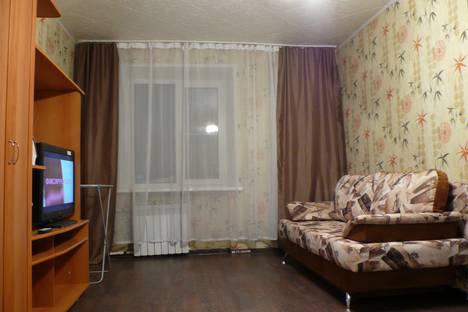 Сдается 1-комнатная квартира посуточно, улица Карпова, 18.