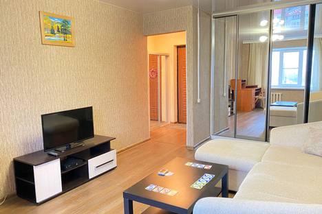 Сдается 1-комнатная квартира посуточно в Екатеринбурге, Свердловская область,улица Белинского, 135, подъезд 4.