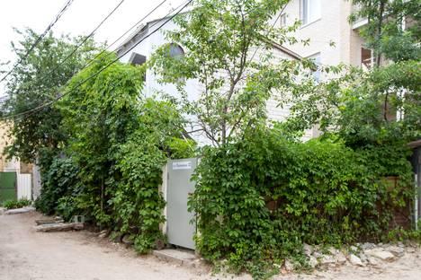 Сдается коттедж посуточно, Республика Крым, городской округ Феодосия,Приморская улица, 8.