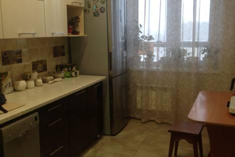 Сдается 2-комнатная квартира посуточно в Томске, проспект Ленина, 166.