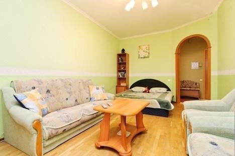Сдается 1-комнатная квартира посуточнов Санкт-Петербурге, Звездная ул., 11.