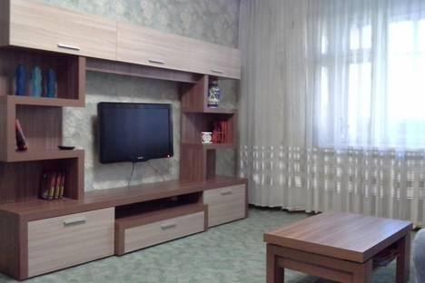 Сдается 1-комнатная квартира посуточнов Кирове, Труда,37.