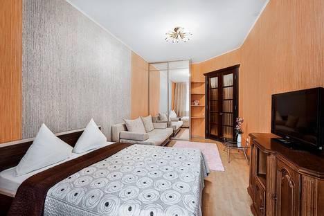 Сдается 1-комнатная квартира посуточнов Томске, ул. Карташова 3 Люкс.
