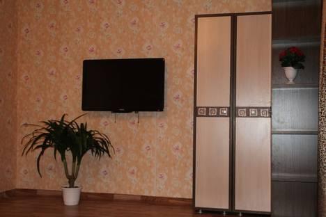 Сдается 1-комнатная квартира посуточно в Ачинске, 1-й Юго-Восточный микрорайон, 15.