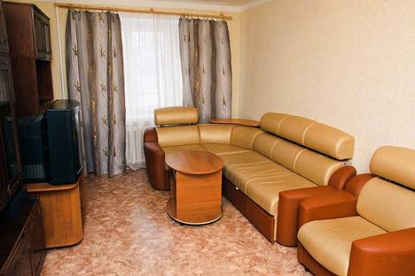 Сдается 3-комнатная квартира посуточно в Перми, Швецова 32.