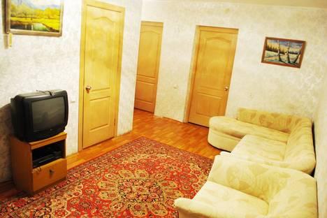 Сдается 3-комнатная квартира посуточно в Красноярске, Железнодорожников 19.