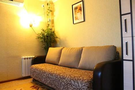 Сдается 1-комнатная квартира посуточно в Орске, Пр. Мира 17а.