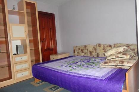 Сдается 2-комнатная квартира посуточно, улица Казанское шоссе3.