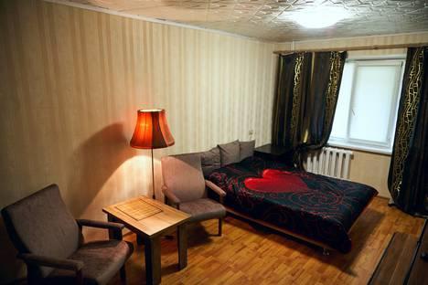 Сдается 1-комнатная квартира посуточно в Томске, ул. Лебедева, 11.