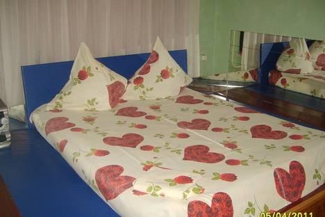 Сдается 1-комнатная квартира посуточно в Альметьевске, ул. ленина 90.