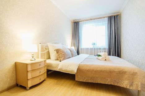 Сдается 2-комнатная квартира посуточно, ул. Октябрьская ,д. 10.