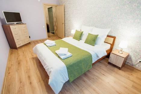Сдается 2-комнатная квартира посуточно в Калуге, ул. Октябрьская, д. 10.
