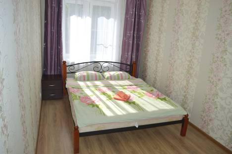Сдается 2-комнатная квартира посуточно в Калуге, улица Маршала Жукова 7.