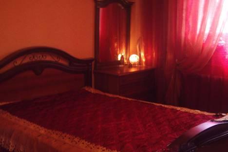 Сдается 2-комнатная квартира посуточно в Набережных Челнах, ул. 40 лет Победы, 63.