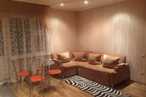 Сдается 2-комнатная квартира посуточно в Новосибирске, ул. Железнодорожная 12.
