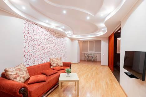 Сдается 1-комнатная квартира посуточно в Томске, Учебная улица, 8.